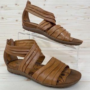 BareTraps Rennifer Leather Gladiator Flat Sandals